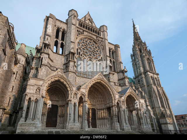 Chartres cathedral exterior stock photos chartres for Exterior notre dame