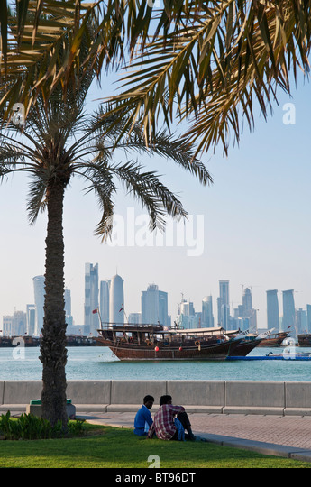 view of doha qatar with boats and skyline - Stock-Bilder