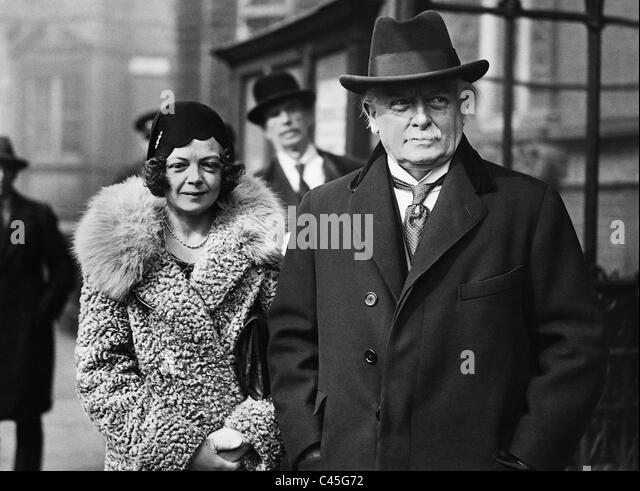 David Lloyd George with daughter Megan Lloyd George, 1931 - Stock Image