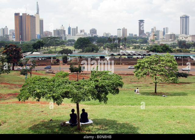 Kenya: view from Uhuru Park to the skyline of Nairobi - Stock Image