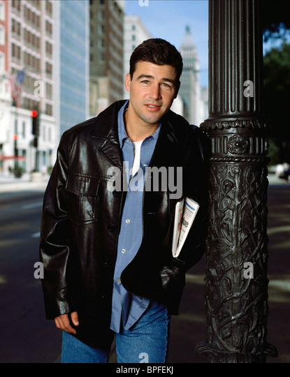 KYLE CHANDLER EARLY EDITION (1996) - Stock Image