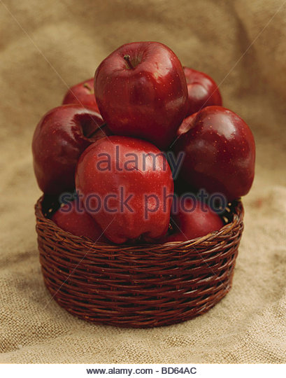 Red Delicious Apples in a Basket - Stock Image