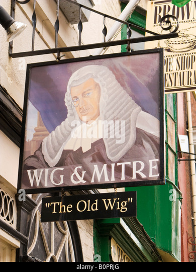 Wig And Mitre In Lincoln 43