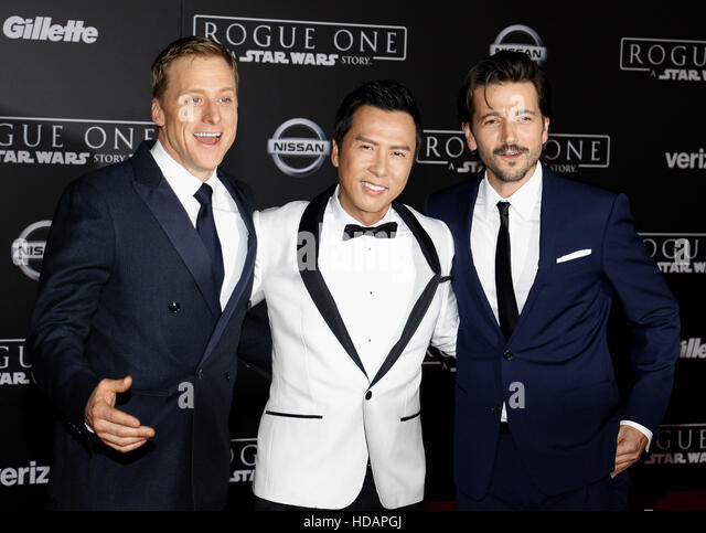 Hollywood, California, USA. 10th Dec, 2016. Alan Tudyk, Donnie Yen and Diego Luna at the World premiere of 'Rogue - Stock-Bilder