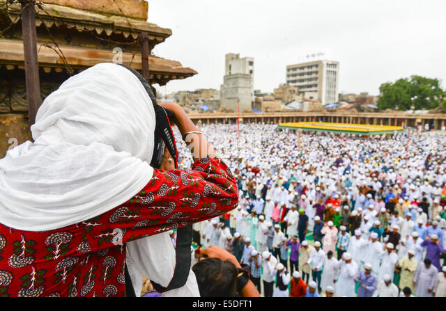"""ahmedabad muslim This is the story of my relationship with religion i was in class two at an excellent jesuit school in ahmedabad, when my class teacher, mrs sinha, asked, """"how many hindus in this class."""