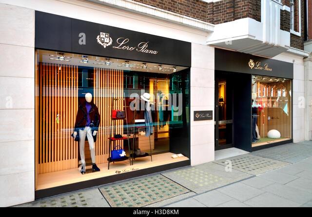 London, England, UK. Sloane Street - Loro Piana (no 47-48) - Stock Image