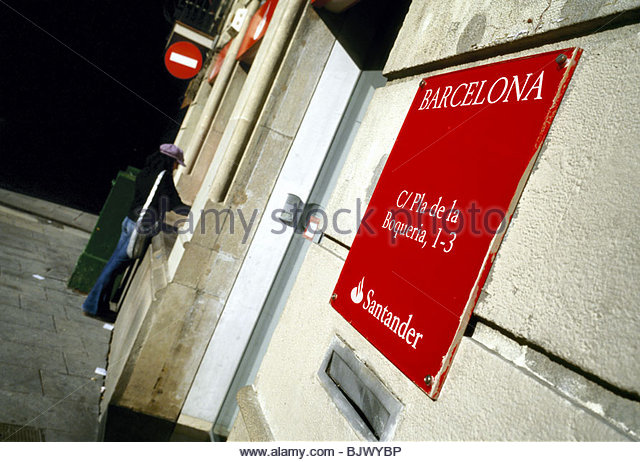 Autotellers stock photos autotellers stock images alamy for Sucursales banco santander barcelona