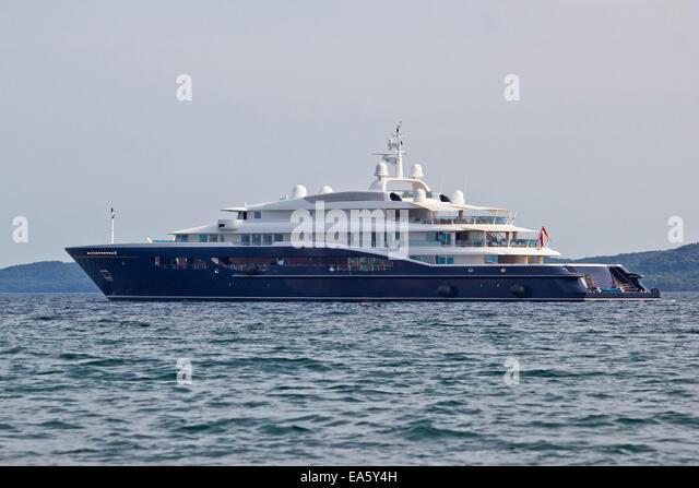 Megayacht stock photos megayacht stock images alamy for Blue sea motor inn