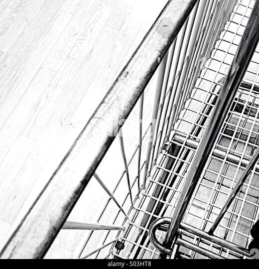 Grocery cart - Stock-Bilder