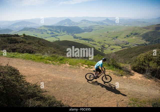 Cyclist mountain biking, San Luis Obispo, California, United States of America - Stock Image