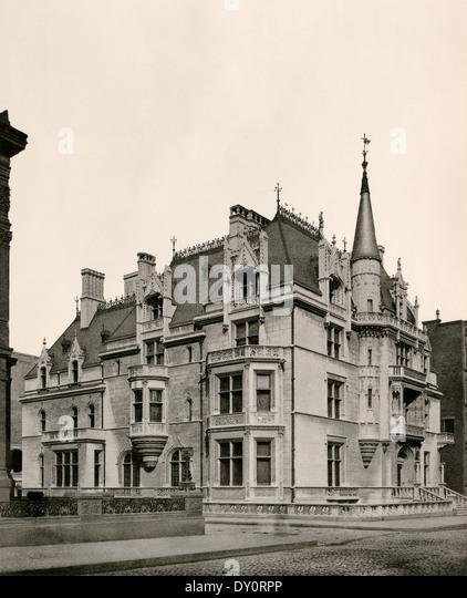 Home of William K. Vanderbilt, designed by Richard Morris Hunt, Fifth Avenue, New York City, 1886. - Stock-Bilder