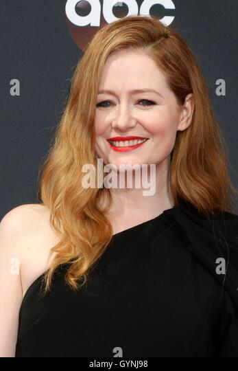 Los Angeles, CA, USA. 18th Sep, 2016. Miranda Otto at arrivals for The 68th Annual Primetime Emmy Awards 2016 - - Stock-Bilder