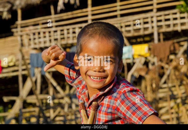 Little boy of the Adi Gallo tribe in the hills of Arunachal Pradesh, Angu Village, India, Asia - Stock Image
