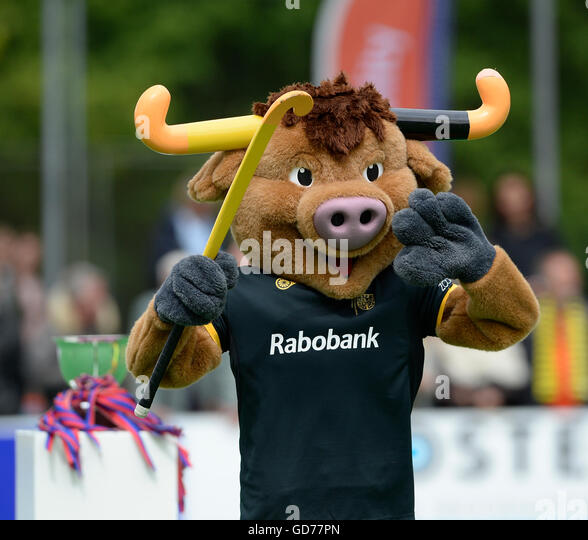 Den Bosch's mascot, a bull, at EHCCC 2016 SCHC, Bilthoven, Utrecht, Netherlands,16th May 2016. - Stock Image