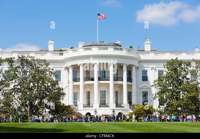 The White House Spring Gardens and Grounds Tours. View of the crowd across the South Lawn. Open Garden Tour Washington - Stock Image