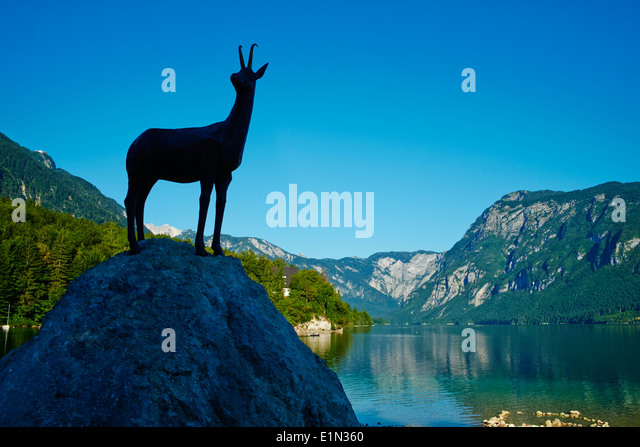 Slovenia, Gorenjska region, Triglav National Park, Bohinj lake, Zlatorog statue - Stock Image