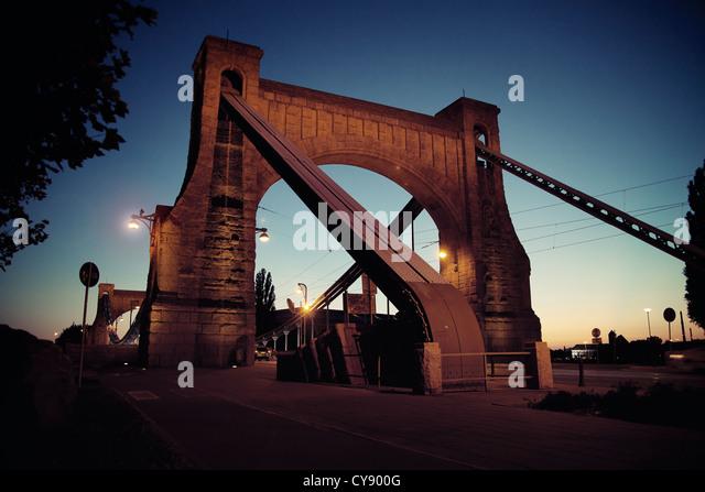 Bridge at night - Stock Image