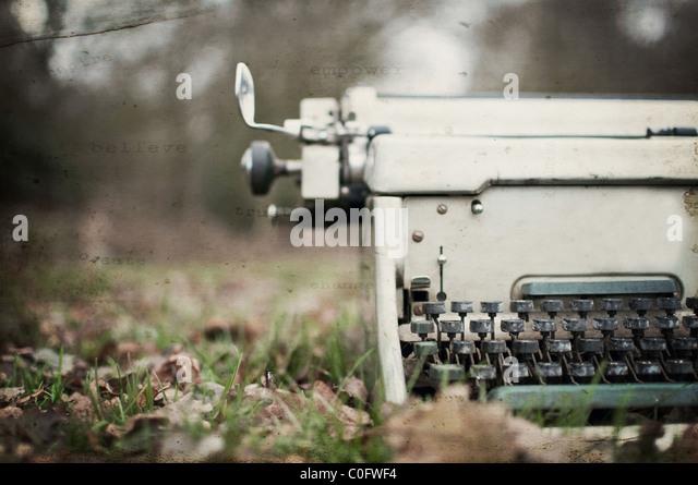 Textured vintage typewriter - Stock-Bilder