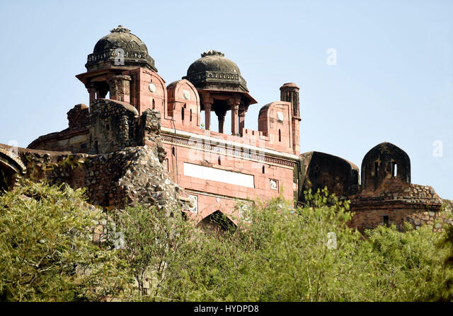 Humayun Darwaza exterior of Purana Qila (Old Fort), as seen from the Zoo in New Delhi. - Stock Image