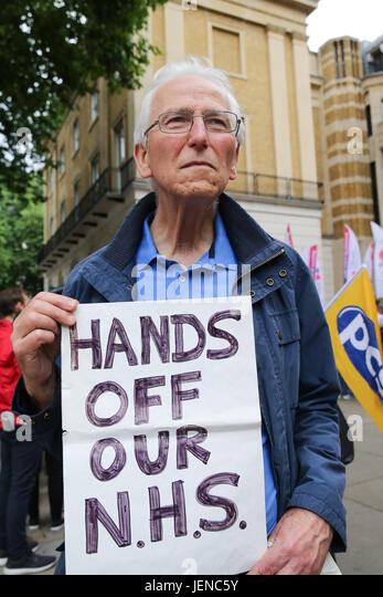London, UK. 27th June, 2017. Members of the Royal College of Nursing (RCN) launches its campaign against the Government's - Stock Image