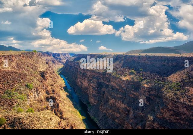 Rio Grande River and gorge near Taos, New Mexico. - Stock Image