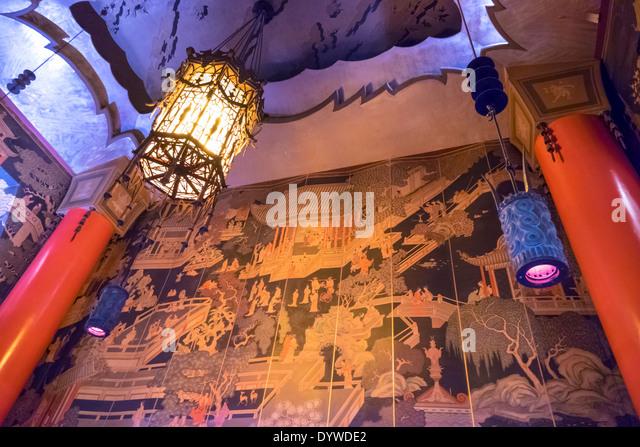 California CA LA Los Angeles Hollywood Boulevard movie industry Grauman's TCL Chinese Theatre cinema historic - Stock Image