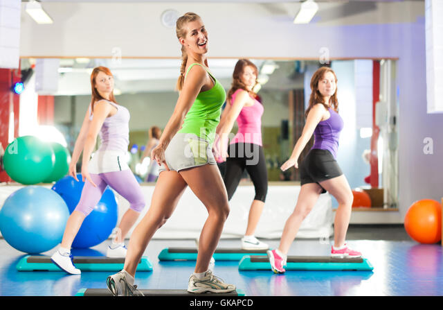 rhythmische sportgymnastik stock photos rhythmische sportgymnastik stock images alamy. Black Bedroom Furniture Sets. Home Design Ideas