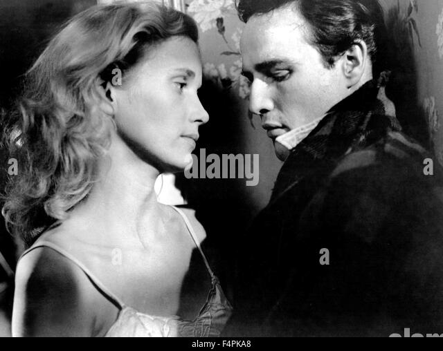 An assessment of the movie on the waterfront by elia kazan