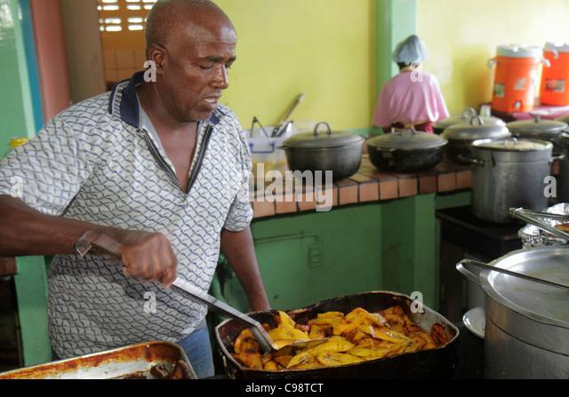 Curaçao Netherlands Antilles Dutch Willemstad Punda De Ruyterkade Plasa Bieu Old Market vendor kitchen tray - Stock Image
