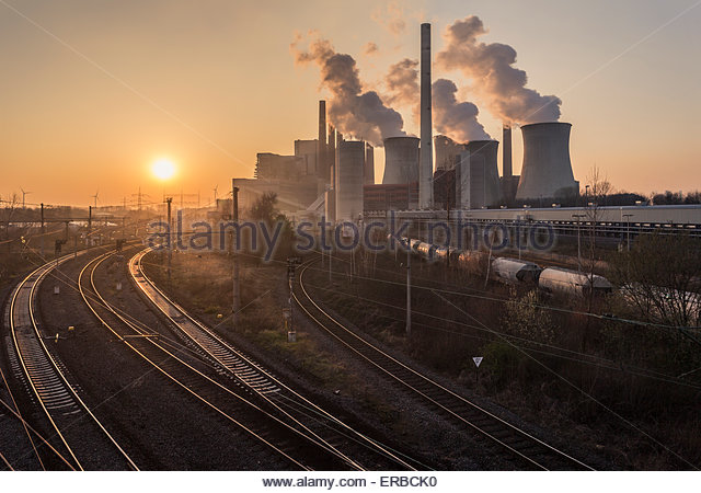 lignite-burning power station Neurath I smoke stacks cooling towers energy economy consumption business pollution - Stock Image