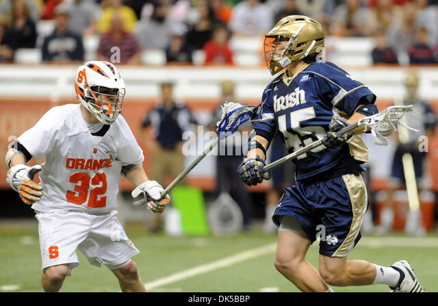 April 30, 2011 - Syracuse, New York, U.S - Notre Dame Fighting Irish midfielder Max Pfeifer (45) carries the ball - Stock Image