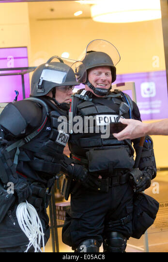 Seattle, Washington, USA. 1st May 2014. 2014 May Day Demonstrations Credit:  Marilyn Dunstan/Alamy Live News - Stock Image