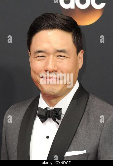 Los Angeles, CA, USA. 18th Sep, 2016. Randall Park at arrivals for The 68th Annual Primetime Emmy Awards 2016 - - Stock-Bilder