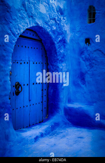 BLUE DOOR CHEFCHAOUEN MOROCCO AFRICA - Stock Image
