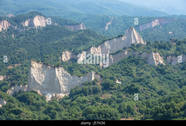 sand pyramids of melnik - photo #48