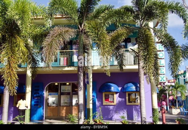 Antigua Heritage Quay shopping area at cruise - Stock Image
