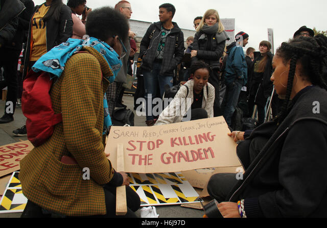 London, UK. 29th October, 2016. Hundreds turned up for the annual United Families and Friends Campaign (UFFC) remembrance - Stock Image
