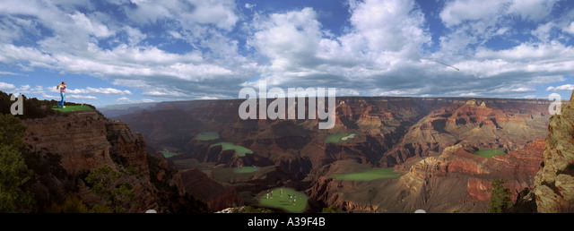 Golf Greens Grand Canyon Man Golfer Funny Humorous Sand Trap Driving Golf Ball  mountain skyline Unbelievable - Stock Image