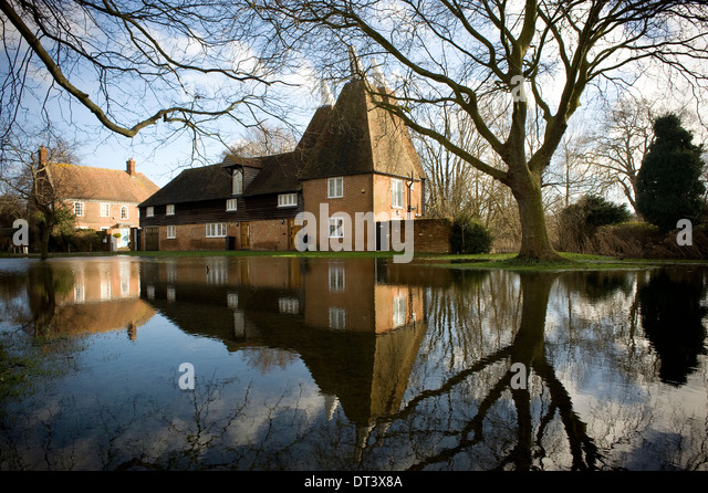 Littlebourne Stock Photos Littlebourne Stock Images Alamy
