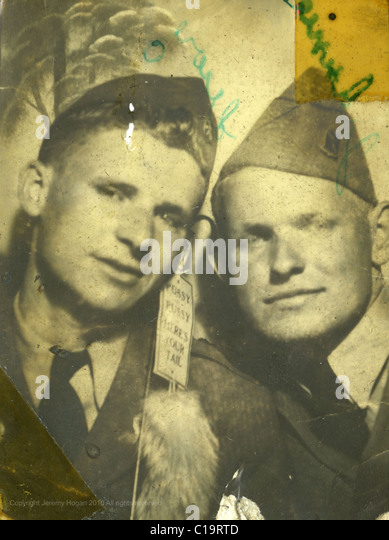 Photobooth portrait of two soldiers going to war in the mid 1940s WWII era Indiana - Stock Image