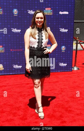Hayley Orrantia at arrivals for Radio Disney Music Awards - ARRIVALS 2, Microsoft Theater, Los Angeles, CA April - Stock-Bilder