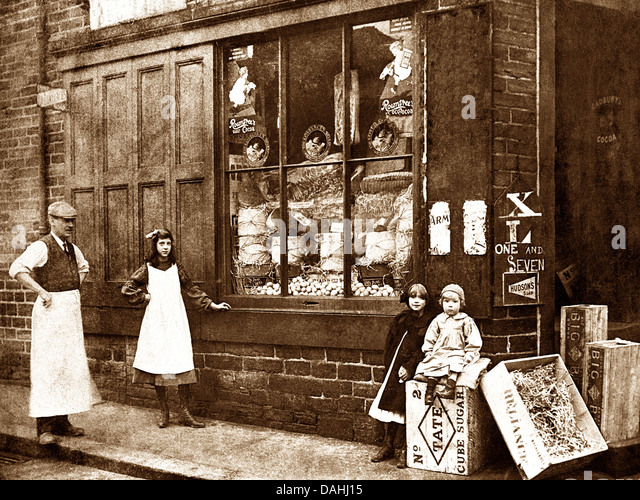 Corner Shop early 1900s - Stock Image