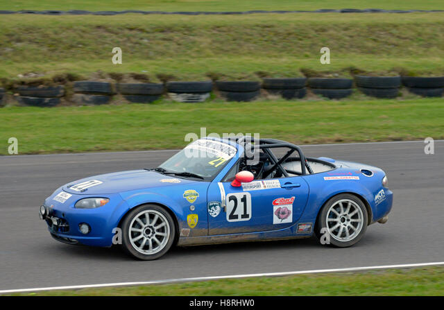 Mission Motor Sport Ty Croes racing Anglesey, Curcuit ,North Wales, Uk,. Race of Remembrance. speed. MAzda MX5 - Stock Image