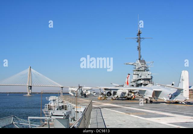 uss yorktown naval museum stock photos  u0026 uss yorktown