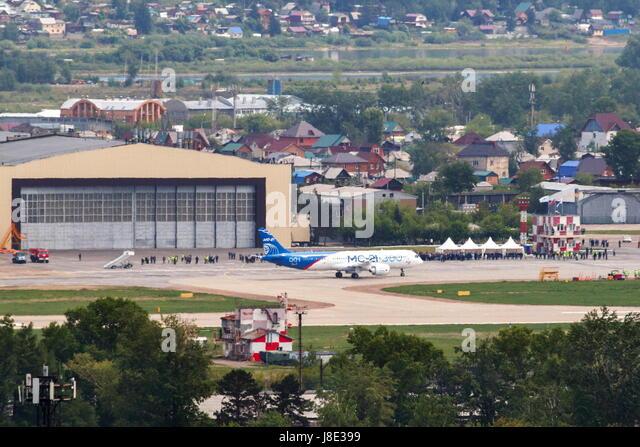 Irkutsk, Russia. 28th May, 2017. A new Russian-made Irkut MC-21-300 twinjet airliner performs its first test flight - Stock Image