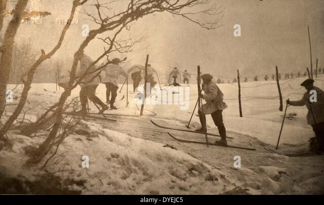 French soldiers on skiis in winter snow in Vosges - Stock Image