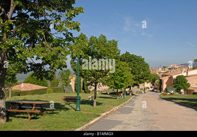 Village de tourtour stock photos village de tourtour - Les plus beau village du var ...