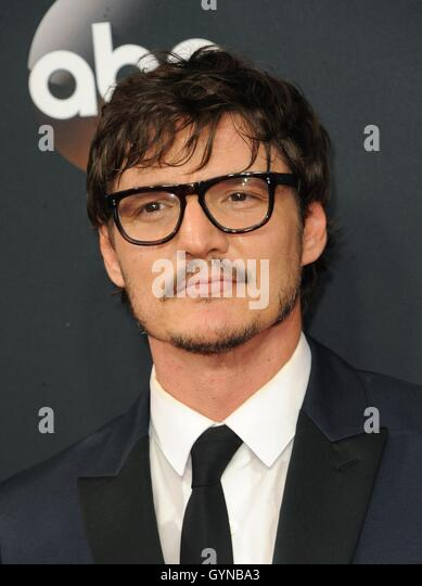 Los Angeles, CA, USA. 18th Sep, 2016. Pedro Pascal at arrivals for The 68th Annual Primetime Emmy Awards 2016 - - Stock-Bilder
