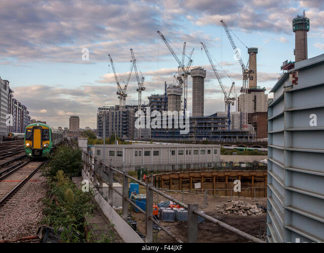 As a a part of the redevelopment of Battersea Power Station and the general area, the Battersea gas holders are - Stock Image