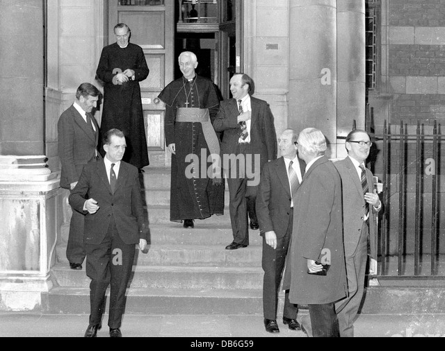 The Knights of Columbus are seen off by Cardinal Hume following a reception at Archbishops House Westminster London - Stock-Bilder
